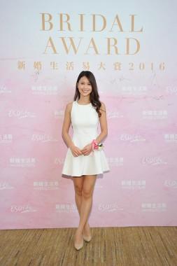 3. 新婚藝人李雪瑩小姐分享她於外地結婚的趣事。